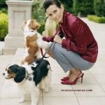 Courtney Cox and her two Cavalier King Charles Spaniels